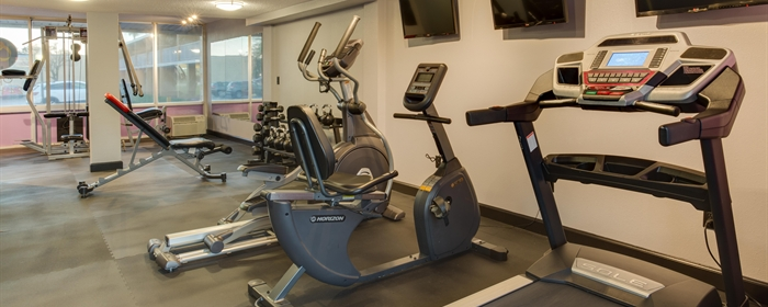 Image of gym equipment at our afforable Kissimmee hotel